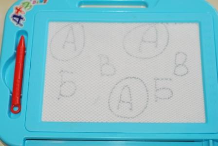 учимся играя знакомство с буквами
