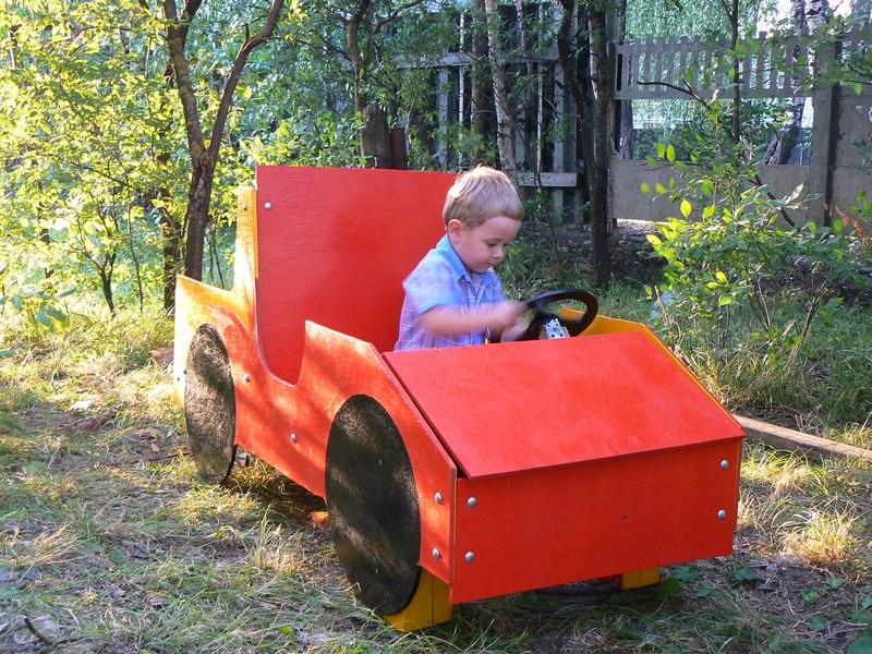 Как сделать машину для ребенка на даче своими руками 51