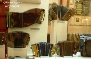Музей гармоники, Красавица и Чудовище, а также знакомство с шоколатье
